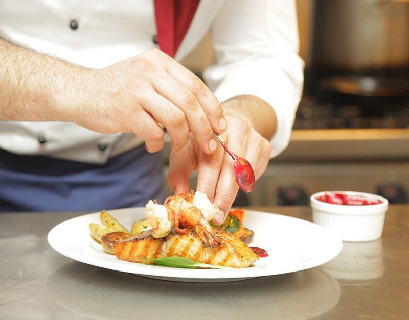 INFORMACE ŠKOLNÍ JÍDELNY – možnost výběru ze dvou obědových jídel